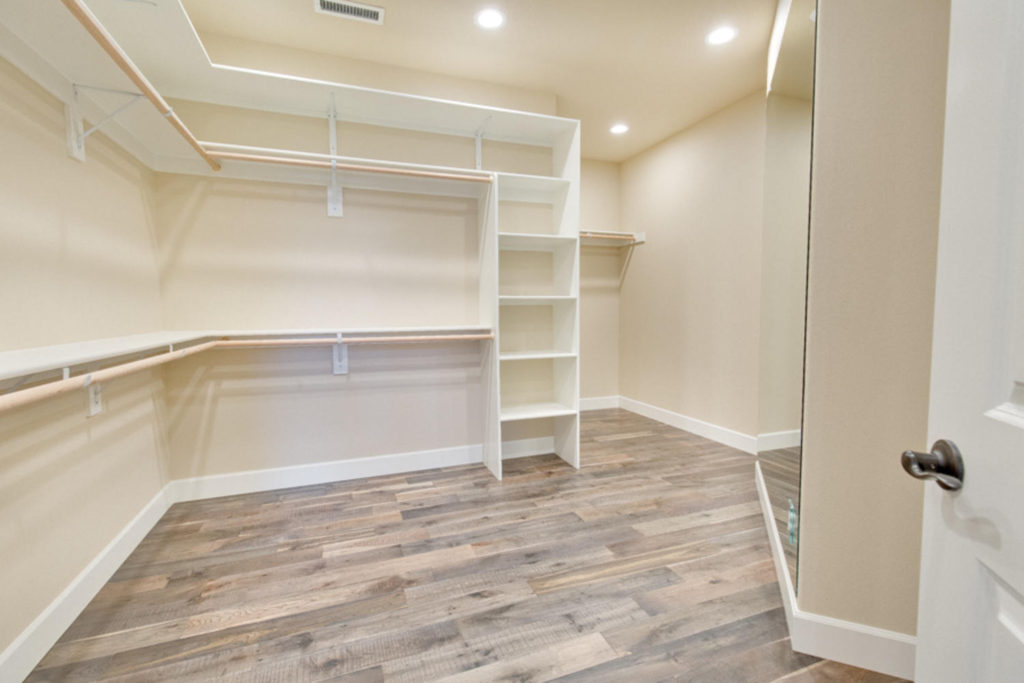 Master Suite walk in closet